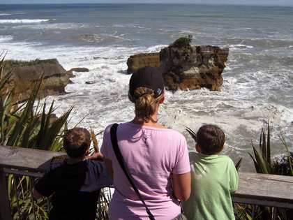Tue, 20 Mar 2007: New Zealand Campervan, Punakaiki Pancake Rocks and Blowholes