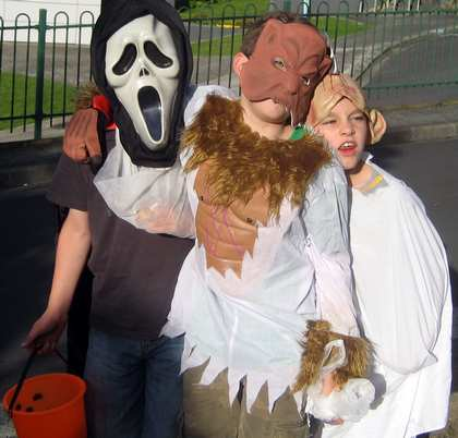 Sat, 31 Oct 2009: New Zealand, Halloween