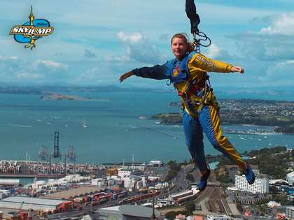 Sat, 10 Mar 2007: Home in New Zealand, SkyJump, Rachel