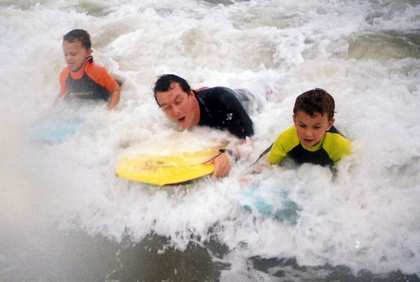 Sat, 3 Feb 2007: Home in New Zealand, Surf at Rothesay